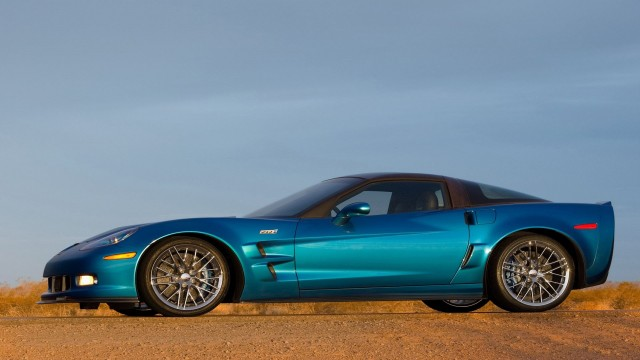 Chevrolet Corvette ZR1 2009 blue side