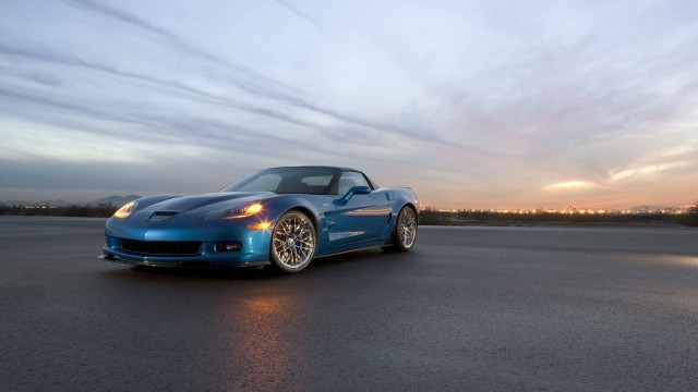 Chevrolet Corvette ZR1 2009 dawn