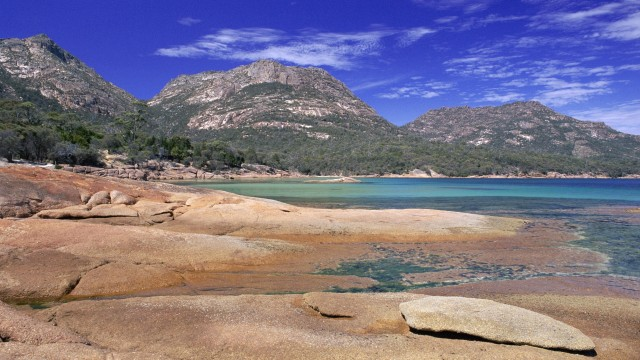 Honeymoon Bay, Hazards Mountains Reserve, Freycinet National Park, Tasmania