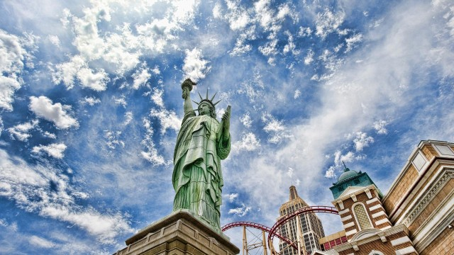 cities, new-york, architecture, statue-of-liberty, graphics, sky, clouds, wow